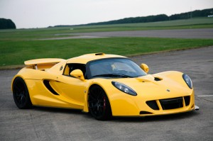 venom-gt-yellow-1